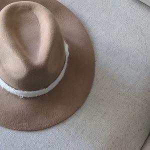 UO Floppy wool hat